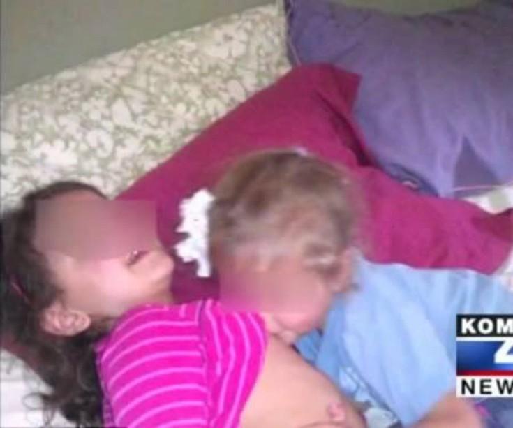 Мамы и дочки сосут