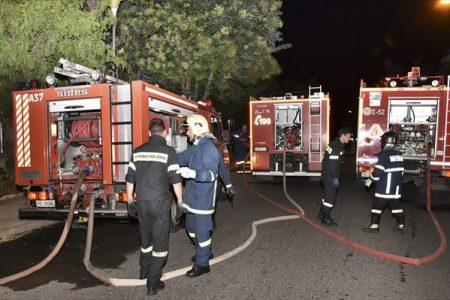 ee279c845c5e Μεγάλη φωτιά σε βιοτεχνία με κεριά στο Μεταξουργείο -