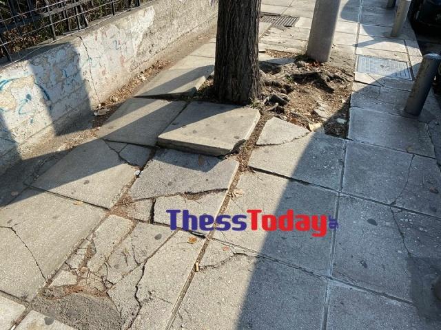 Νέα Εγνατία: Πεζοδρόμια και πινακίδες σε τραγική κατάσταση (ΦΩΤΟ), φωτογραφία-1