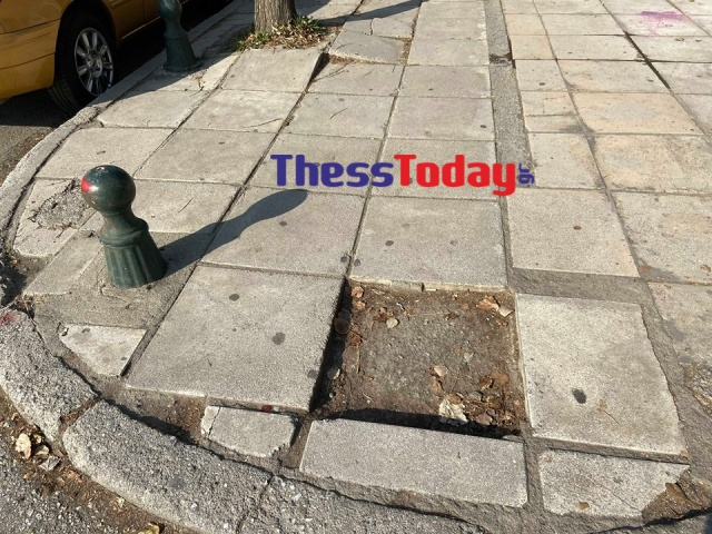 Νέα Εγνατία: Πεζοδρόμια και πινακίδες σε τραγική κατάσταση (ΦΩΤΟ), φωτογραφία-12