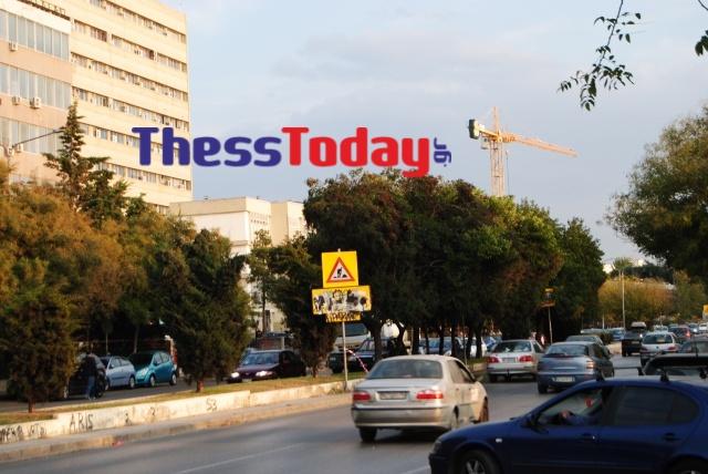 Νέα Εγνατία: Πεζοδρόμια και πινακίδες σε τραγική κατάσταση (ΦΩΤΟ), φωτογραφία-7