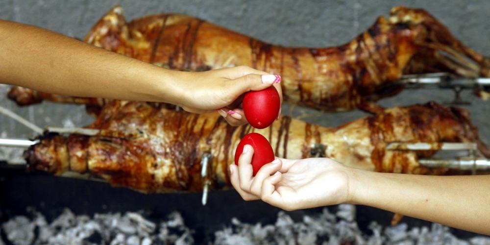 Κυριακή του Πάσχα: Τα 4 μέτρα που ισχύουν για το πασχαλινό τραπέζι